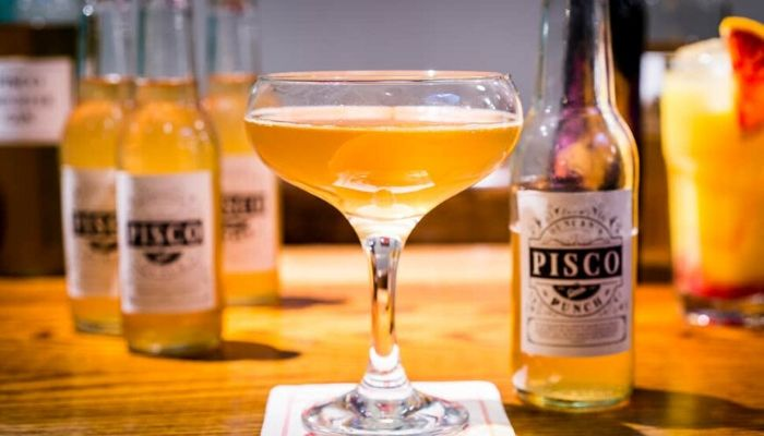 PINEAPPLE GOMME SYRUP AND A PISCO PUNCH- Best Combination